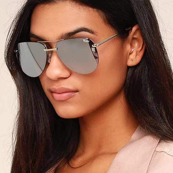 99f276a538 FLASH SALE⚡️QUAY THE PLAYA SILVER MIRRORED SUNNIES